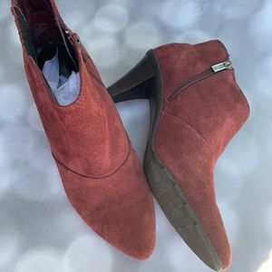 Kenneth Cole Reaction Suede Ankle Boots Size 6 1/2
